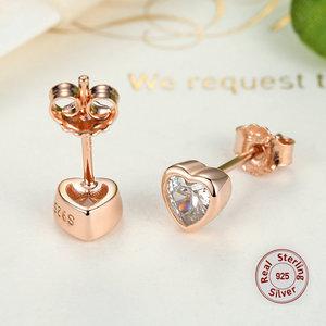 925 zilveren oorbellen/oorstekers hartjes